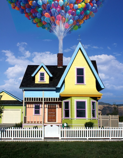 UP_house_front_wballoons 2
