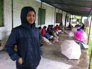 Sorry for this uncool style. Am i look upin ipin here ? The rain made messy look style :P