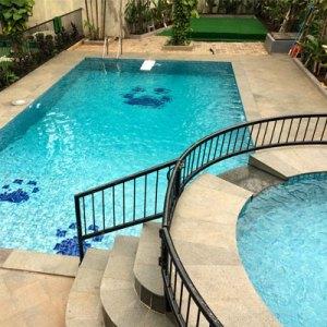 V&L pool