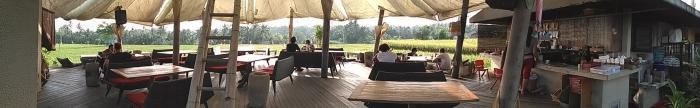 Pomegranate spot, the best place for self healing sambil ngopi sekaligus nungguin sawah..